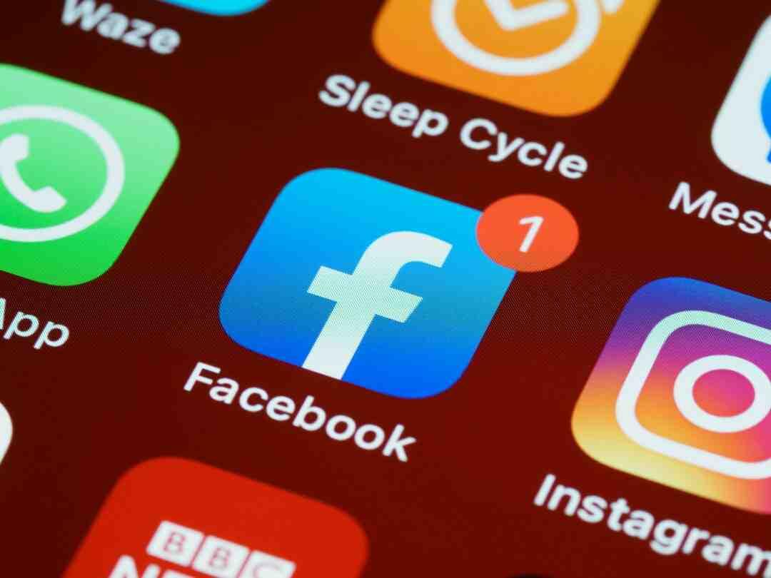 Comment passer une page Facebook en pro ?